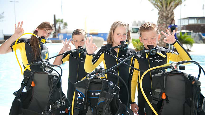 PADI Bubble Maker Course in Phuket Thailand with Andaman Coral Divers