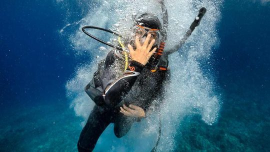 Big-step-entry-diving-phuket