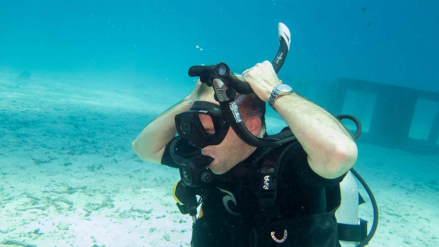 Refresher-course-diving-phuket