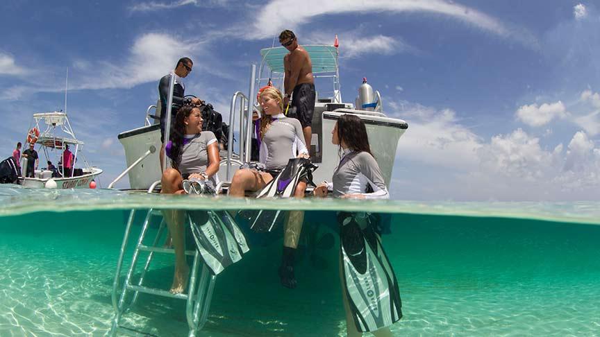 Snorkeling-Phuket-excursions